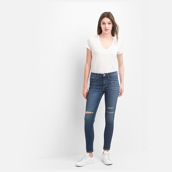 Mid rise destructed easy jeggings dari GAP