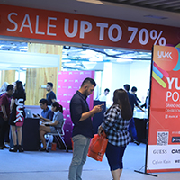 YUKK Pop Up Store: Pesta Diskon Besar-besaran